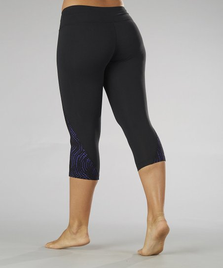Black & Spectrum Blue Jaded Vision Capri Leggings