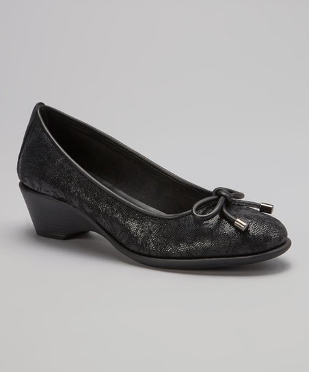 Black Floral Alabaster Pump