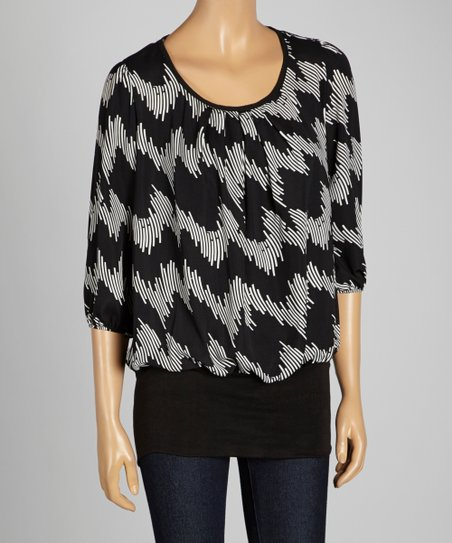 Black Geometric Pleated Scoop Neck Top