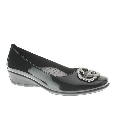 Black Patent Leather Maxima Flat