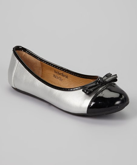 Gray Patent Toe Flat