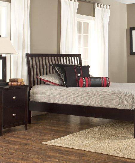 Liza Platform Bed & Nightstand Set