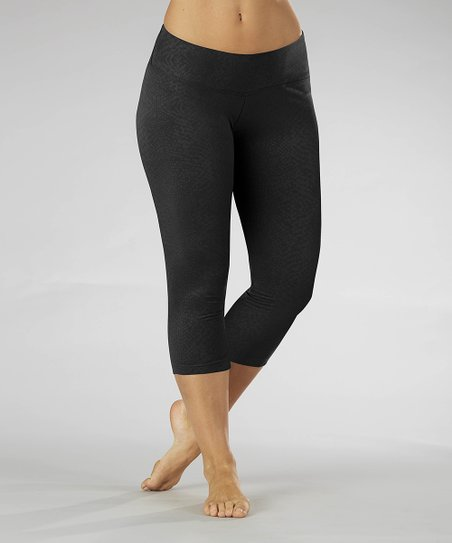 Black Embossed Capri Leggings