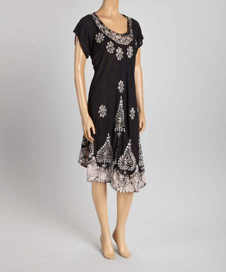 Black & White Embroidered Floral Scoop Neck Dress - Women