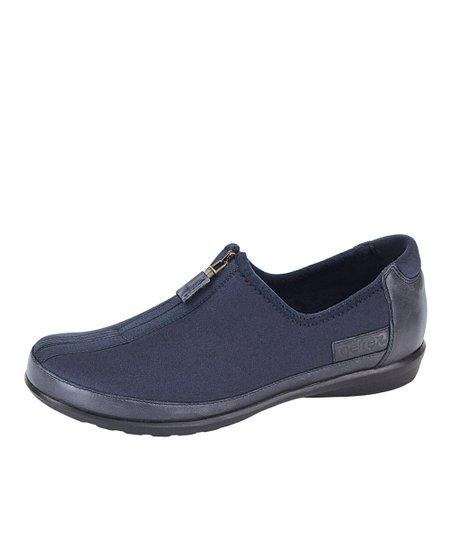 Blueberry Berries Zip-On Shoe