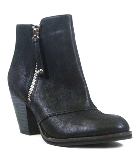 Black Hull Ankle Boot