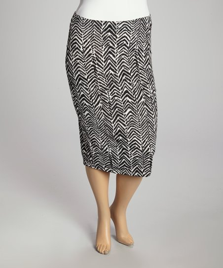 Black & White Chevron Pencil Skirt - Plus