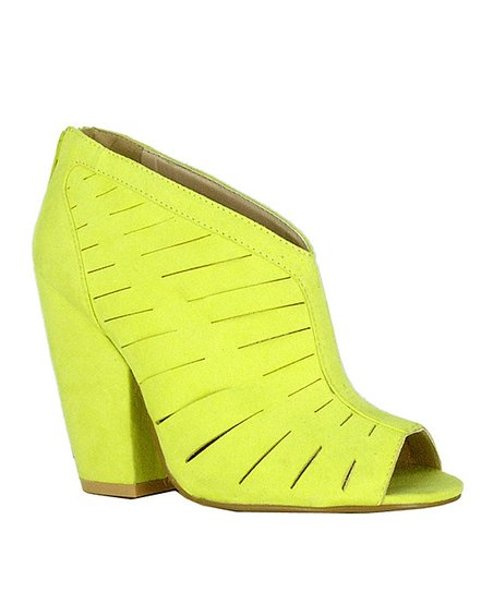 Lemon Cutout Sawyer Pump