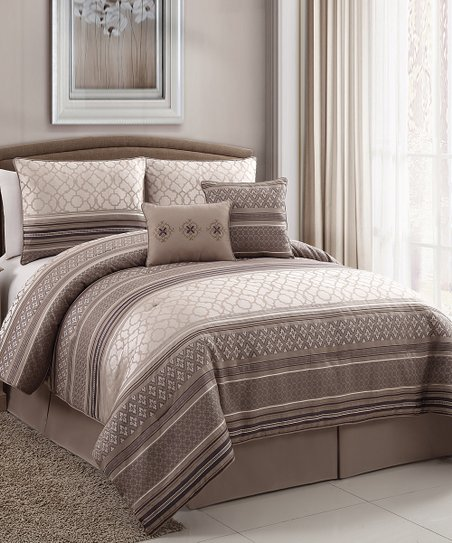 Plum Havoc Comforter Set