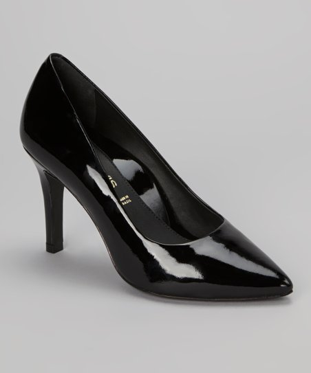 Black Zuzu Pump
