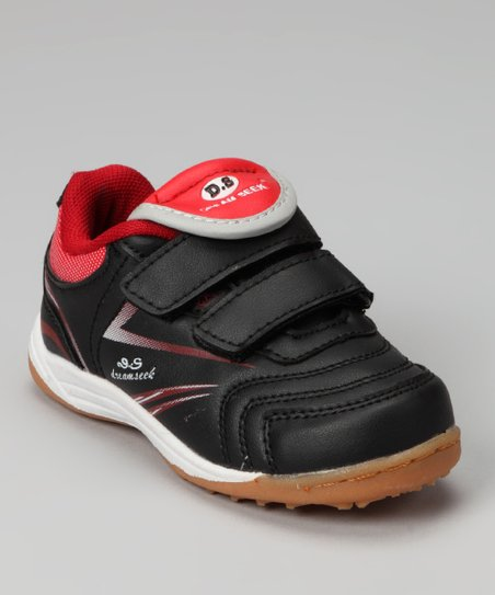 Dream Seek Black & Red Streak Sneaker