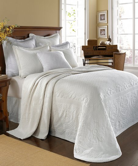 White Matelassé Bedspread