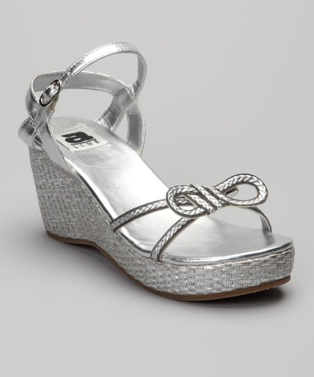 Silver Bow Wedge