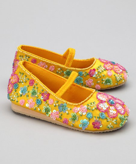 Yellow Flower Shower Flat