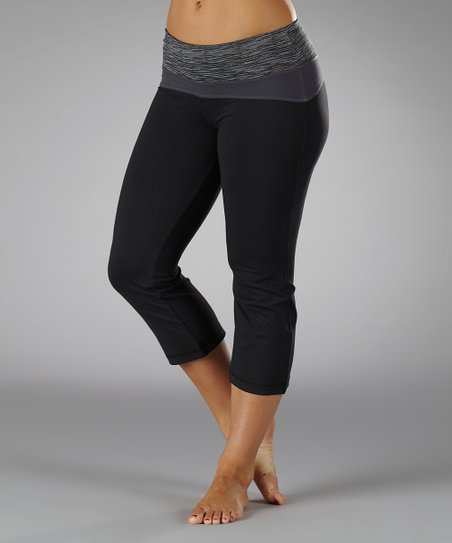 Black & Carbon Contoured Capri Pants