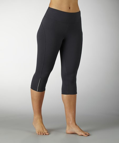 Carbon Beta Capri Leggings