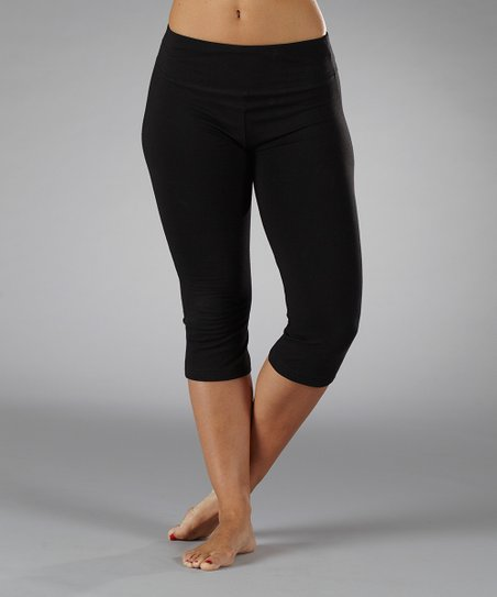 Black Magic Essential Tummy Control Capri Pants