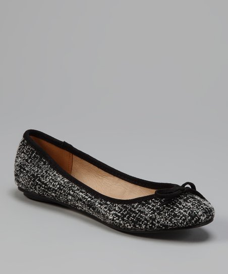 Black Evelyn Flat