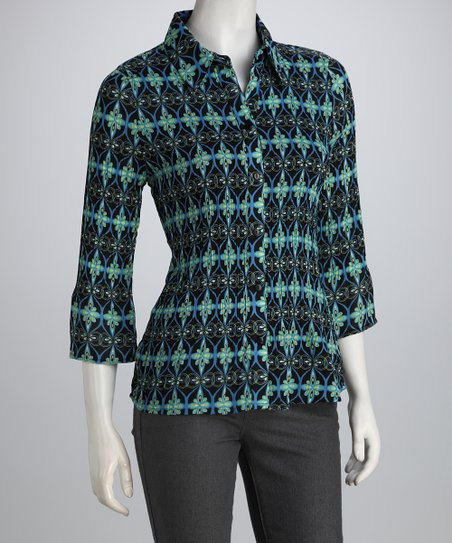 Aqua & Navy Abstract Pleated Button-Up
