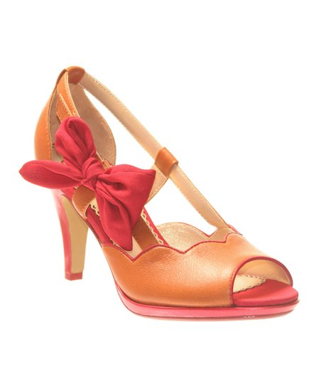 Honeymoon A Preppy Lady Peep-Toe Pump