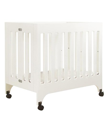White Grayson Portable Mini Crib &amp; Mattress Pad