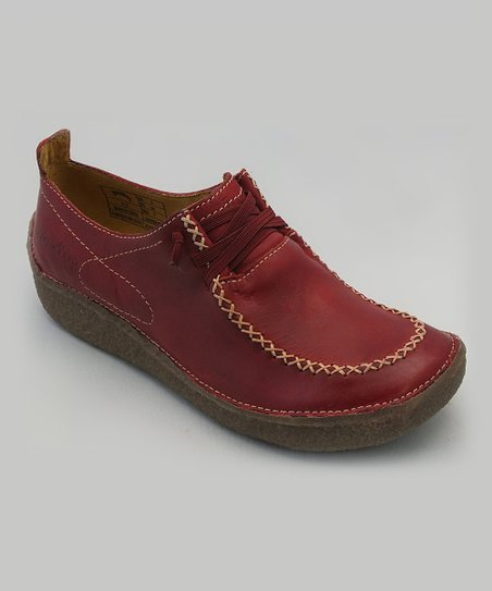 groundhog Ruby Red Beta Shoe